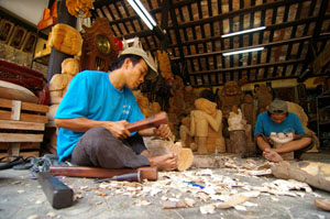 Kim Bong carpentry village,World Heritage Road Vietnam,Vietnam Heritage Tour,Vietnam Heritage Travel