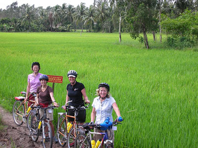 CYCLE FROM MY THO TO CAI BE, VINH LONG AND CAN THO 3 DAYS