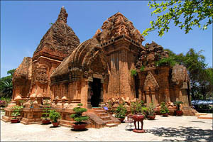 My Son Holy Cham Ruin,Buon Ma Thuot To Hoi An Tour