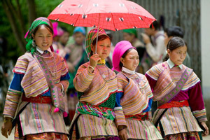 The Far North Vietnam adventure combine with Bac Ha Sunday market and Sapa
