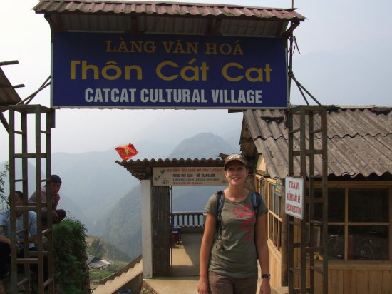 Cat Cat,Sapa Trek Tour,Sapa Tour 3 Days,Sapa Tours Vietnam