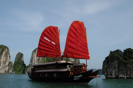 Huong Hai Junk,North-East Adventure Tours,North-East Adventure Vietnam