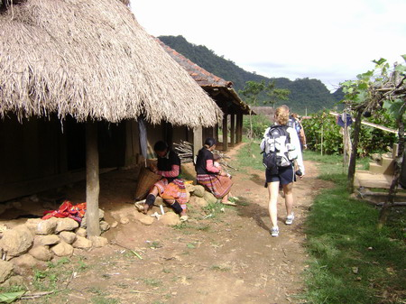 Mai Chau-Hanoi Mai Chau Tour