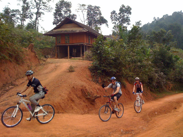 MAI CHAU- PU LUONG � PU HU 3 DAYS/ 2 NIGHTS